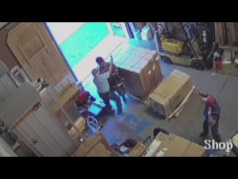 Man disarms shotgun wielding suspect