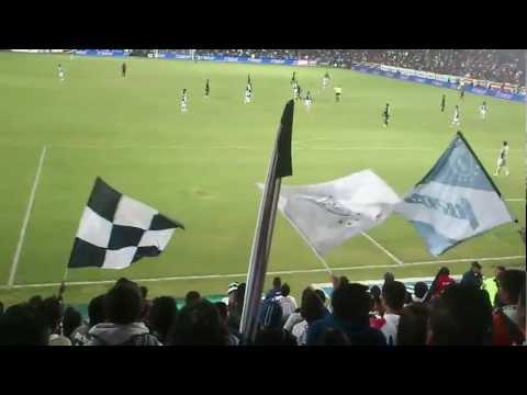 """Barra Ultra Tuza::Pachuca vs Cruz Azul::Cl 2013:: ""Pideme la luna"""" Barra: Barra Ultra Tuza • Club: Pachuca"