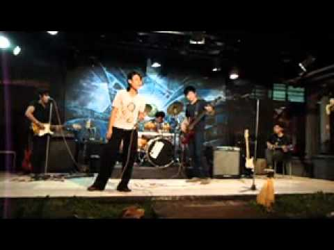 Tegocie Feat Puri - Dengarkan Aku ( live in Wapress )