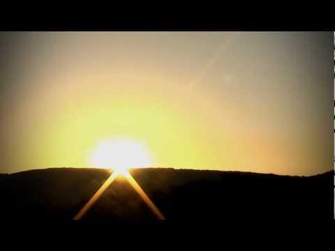 Sunrise at Johanna Beach - Victoria, Australia (Music by Vagari)