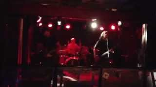 Unsigned UK Punk band: The Cottonettes - Oh No! Yoko (Live at The Boileroom) i phone video