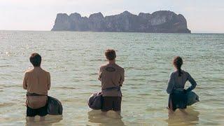 【穷电影】3人到荒岛游玩,以为是世外桃源,谁料这里竟是炼狱