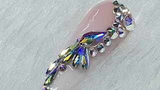 How To - Crystal Nail Designs - Swarovski Crystals - Nail Bling