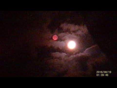¿Nibiru? Esfera junto a la Luna en Escocia y Australia
