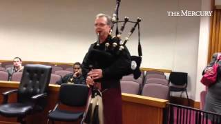 During court break, #MontcoPa lawyer James Flood serenades judges, lawyers, with bagpipes on St. Pat