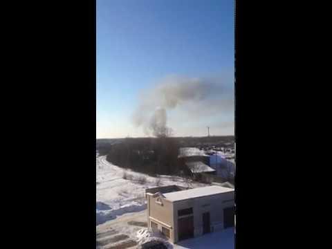 Очевидцы: «В Кречевицах горит лесопильное производство»