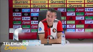 La tierna propuesta que tuvo que rechazar Robin van Persie | Videos Virales | Telemundo Deportes