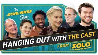 Hanging with the Cast of Solo to Talk New Action Figures, Flip Phones, and How to Speak Like Chewie - Video Youtube