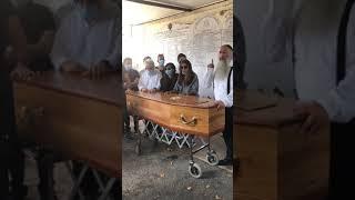 Hesped (éloges funèbres) du jeune Shimon Stephane ben Simha Bonan zal
