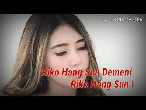 , title : '#viavallen  Bisane Mung Nyawang  lirik {by:  via vallen }'
