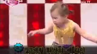 "Корейская танцовщица "" танец живота"