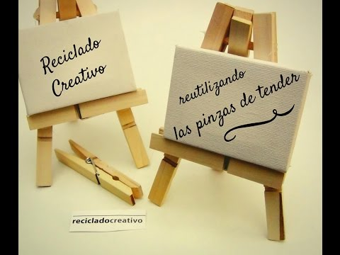 Como hacer un caballete con pinzas de la ropa - How to Make a Mini Easel from Clothespins