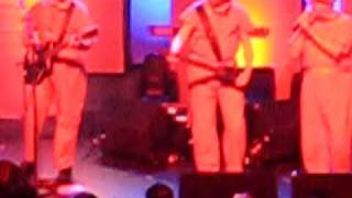 DEVO *DON'T YOU KNOW*  live at the MUSIC BOX AT THE HENRY FONDA THEATER 11/4/2009