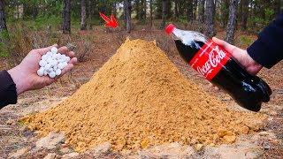 VOLCANO ERUPTION ! Coca-Cola and Mentos Super Reaction