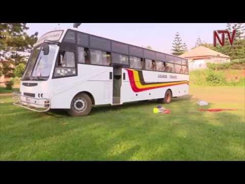 Yiino baasi egenda okutambuza abazannyi ba Uganda Cranes
