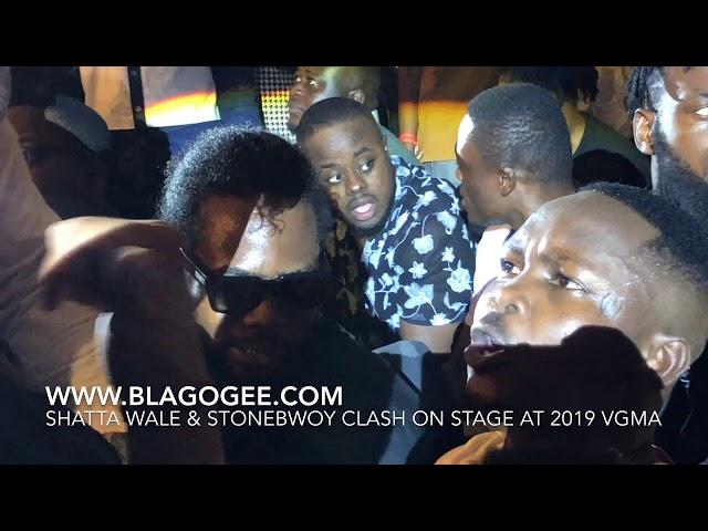 Shatta Wale & Stonebwoyy Clash on Stage At 2019 VGMA