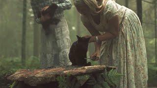 【喵嗷污】女子得知有块许愿石,献祭活物就能实现愿望,于是她把丈夫放了上去