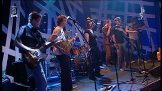 Zrní + Radůza - Autobus (TV 2010)