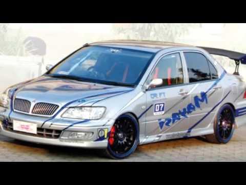 Video 'spoiler sayap dan belakang dari mobil mitsubishi modifikasi'