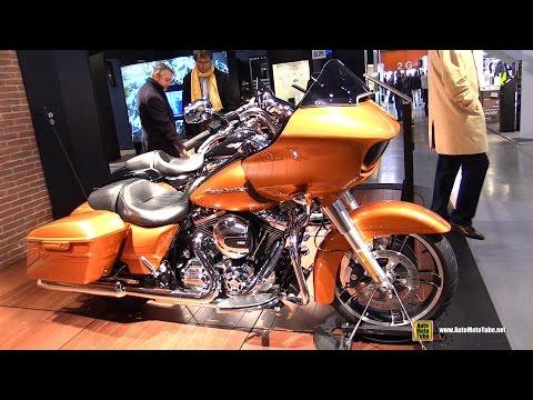 2015 Harley-Davidson Touring Road Glide Special - Walkaround - 2014 EICMA Milan Motorcycle Exhibitio