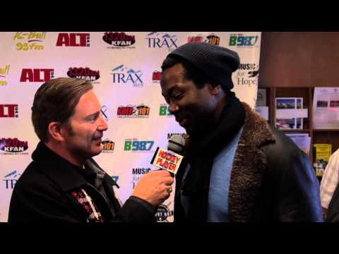 Anson Carter Interview at Luc Robitaille's Celebrity Shootout 2015