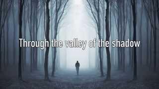 I Am Not Alone - Kari Jobe - with Lyrics