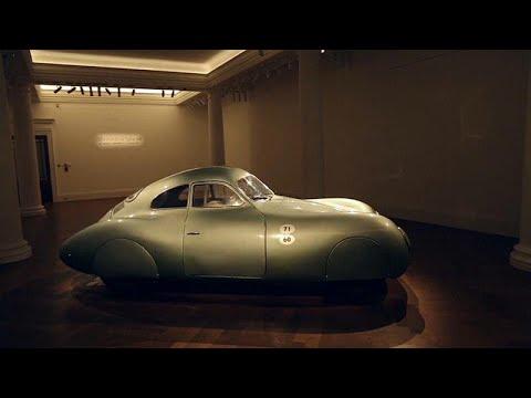 العرب اليوم - عرض أقدم سيارة بورشه في العالم في المزاد