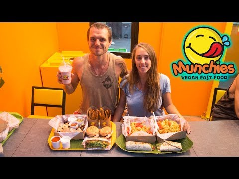 Munchies Vegan Fast Food Restaurant Review – Chiang Mai, Thailand!