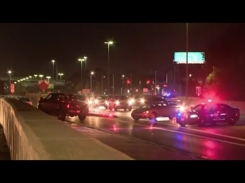 Detroit shooting shuts down Southfield Freeway overnight