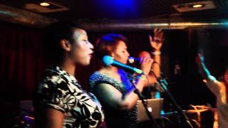Artful ft Michelle Escoffery & Terri Walker - Think About Me (live at Ballyhoo)