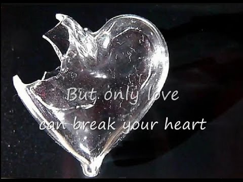 Neil Young - Only love can break your heart (lyrics on clip)