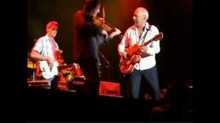 """Mark Knopfler & Emmylou Harris """"Red Staggerwing"""" 2006 London"""