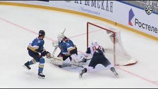 Первый гол Коробкина в КХЛ