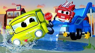 Грузовик водная горка - Трансформер Карл в Автомобильный Город 🚚 ⍟ детский мультфильм
