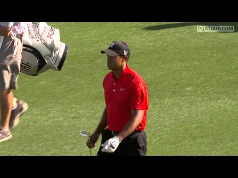 Signature Shots: Tiger Woods eagles No. 18 at the Honda Classic