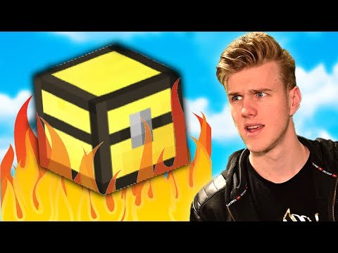 GOD CHESTS FALLING FROM THE SKY! (How To Minecraft S4)