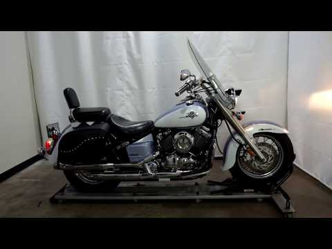 2002 Yamaha Vstar Classic in Eden Prairie, Minnesota - Video 1