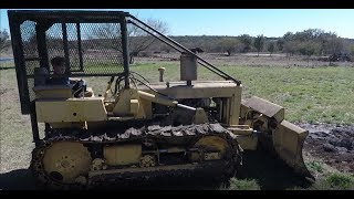 How to operate a 1978 International 500 bull dozer.