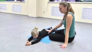 3 упражнения для правильно осанки у ребенка Танцевальная студия шоколад