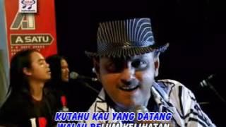 Yus Yunus - Gadis Pendayung (Official Music Video)