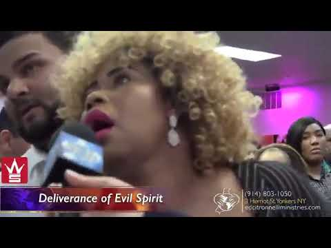 CHRISTIAN PASTOR HEALS ORAL SEX DEMON LOL : SPEAKERS CORNER