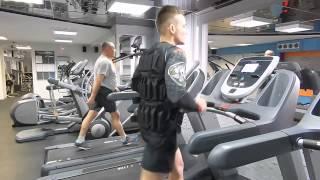 Бег для похудения с жилетом утяжелителем 20 кг