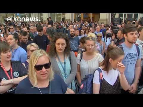 Manchester crowd sing Oasis' Don't Look Back In Anger after minute's silence