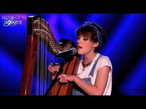 Màn biểu diễn Đàn Hạc có 1 0 2 của thí sinh The Voice Anh 2014