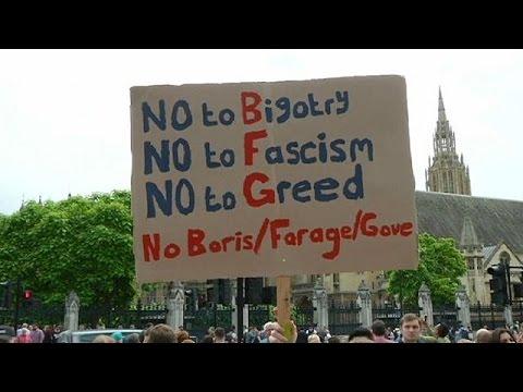 Brexit: 1.500.000 υπογραφές για νέο δημοψήφισμα – Η Σκωτία συζητά με τις Βρυξέλλες