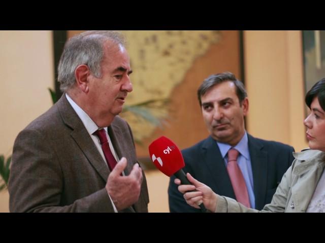 Diputaciones a Debate con Mª Ángeles González Bustos, Alejandro Nieto y Carmen Agoués M
