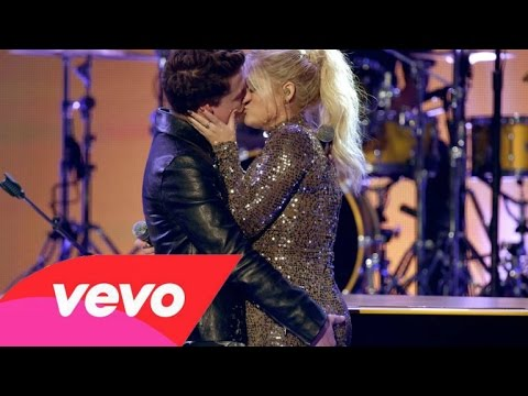 Meghan Trainor & Charlie Puth - Like I'm Gonna Lose You & Marvin Gaye (AMA's 2015) HQ Mp3