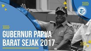 Profil Dominggus Mandacan - Gubernur Papua Barat