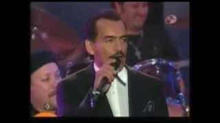 Joan Sebastian cantando Secreto de Amor en vivo!!!