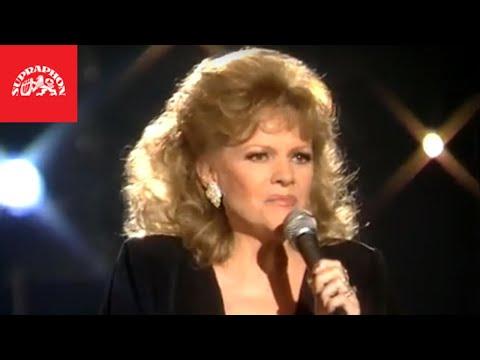 Eva Pilarová - Já do hry dávám víc (oficiální video)